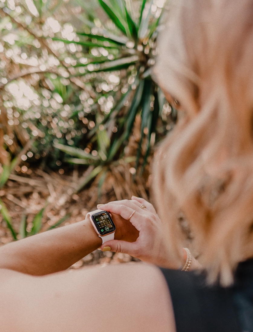 IS THE APPLE WATCH WORTH IT, a review of the Apple Watch Series 4 featured by top US life and style blog, Navy Grace.