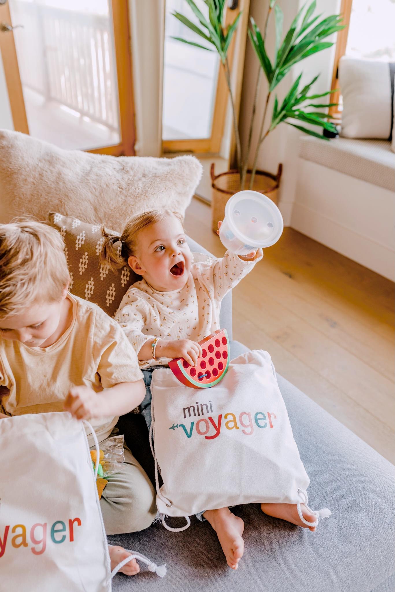 mini voyager drawstring bag