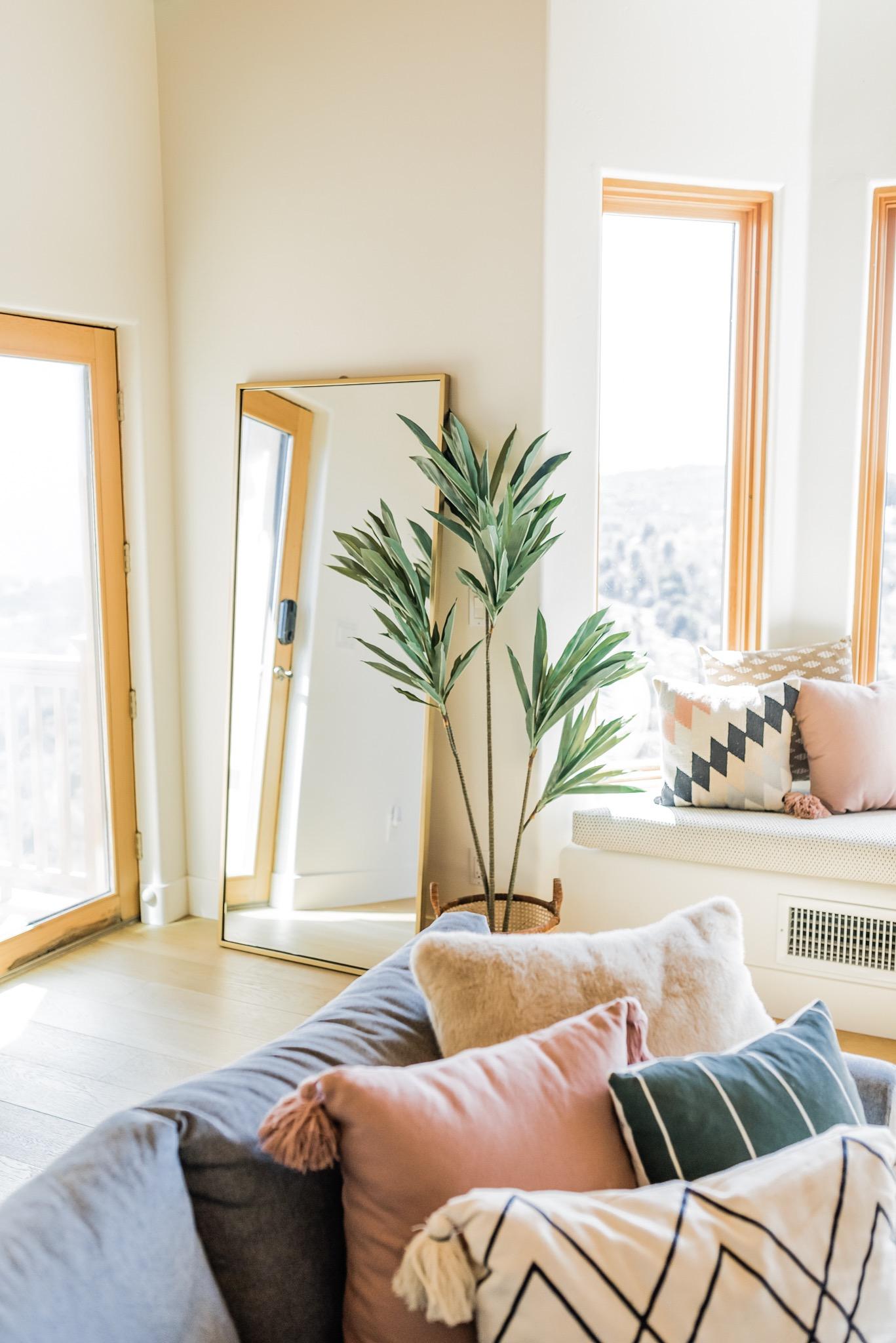 full length mirrors in the living room
